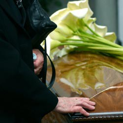 Remembering A Loved One With An Online Memorial
